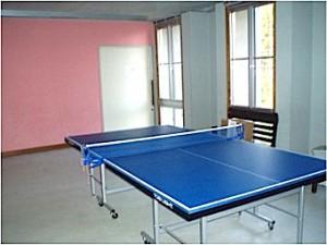 宿舎棟1階  卓球台